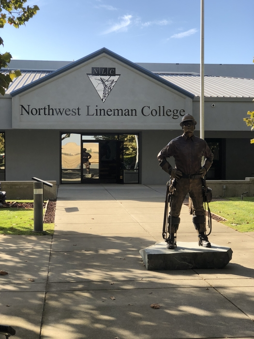 LEAD VISITING NORTHWEST LINEMAN COLLEGE