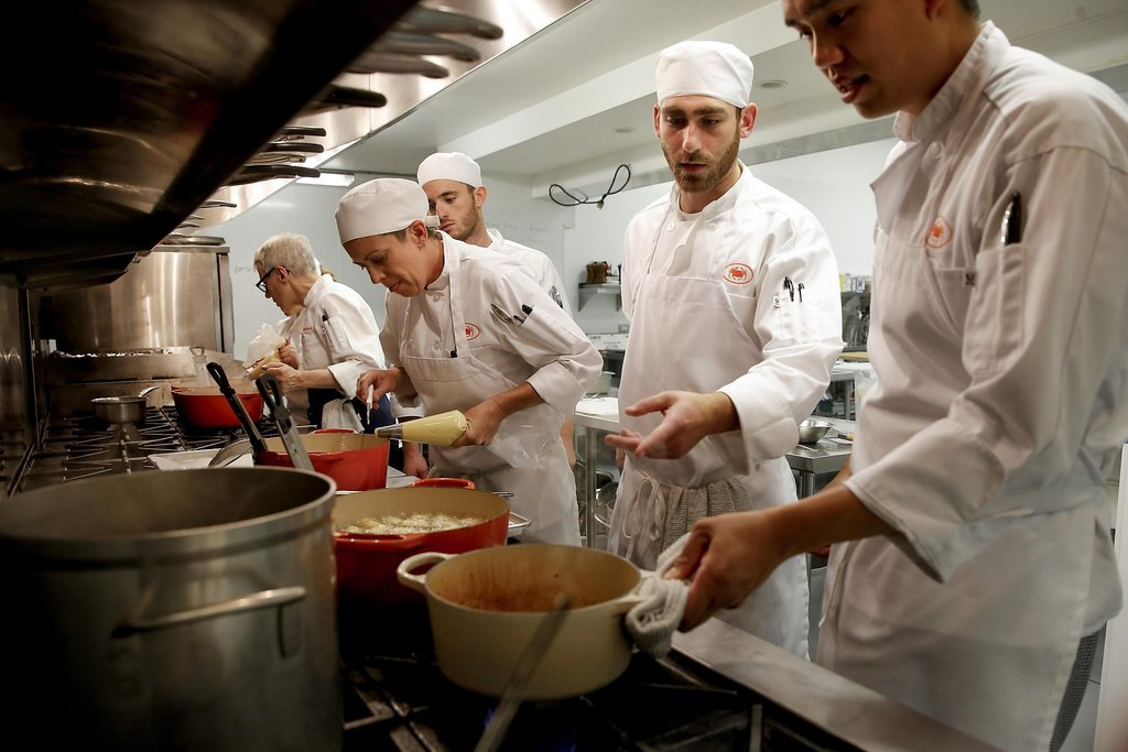 Students in a culinary class
